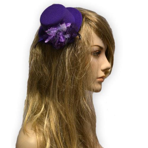 Šeširić s ukrasom - ukras za kosu